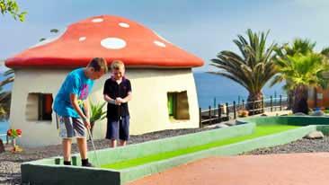Hoteles familiares viajes con peques for Hoteles con habitaciones familiares en espana